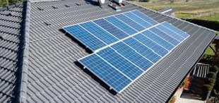 Fotovoltaické elektrárny s baterií
